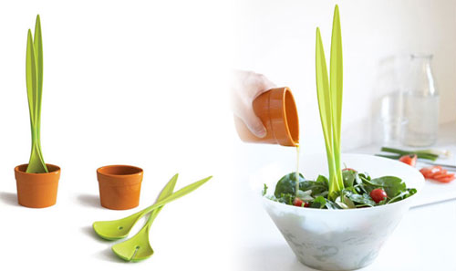 Salad Plant: Salad Tongs from Black + Blum