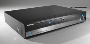 Samsung Turns Up the Heat with the First Blu-ray Disc Player
